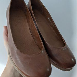 Locale Leather Wedges Dress Shoes Made in Portugal Brown Size 36